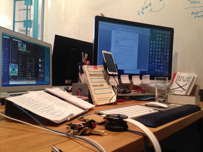 image of shane snow's writing desk