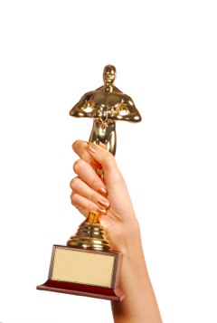 "Copy this ""Oscar-Ready"" Approach to Boost Your Social Media Star Power"