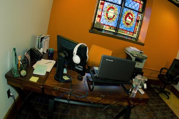 Image of Lisa Barone's Desk